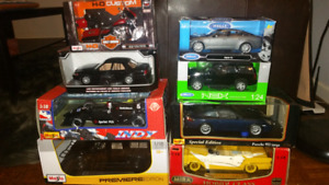 Lot Of Brand New Die Cast Model Cars 1:18