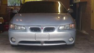 2001 Pontiac Grand Prix GTP Coupe (2 door)