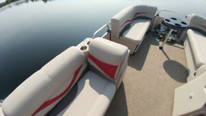 2015 Pontoon Boat by Apex