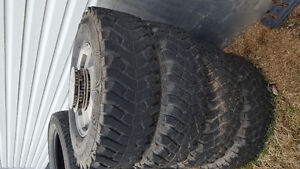 Chevy 16 inch 6 bolt rims, in good shape, with tires