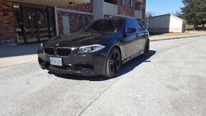LIKE NEW-2012 BMW M5 Sedan- FINANCING AVAILABLE OAC