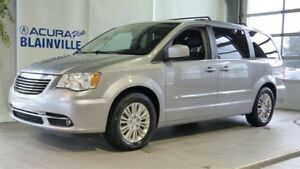 Chrysler Town - Country 4dr Wgn Touring w-Leather 2013