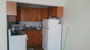 BIG SAVE $500   ONE BEDROOM APARTMENT