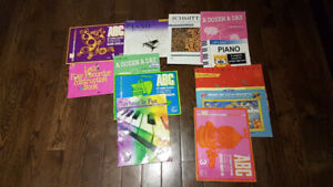 12 Piano Books for Beginners
