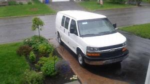 2004 Chevrolet Express Fourgonnette, fourgon