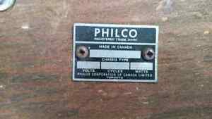 PHILCO ANTIQUE RADIO Peterborough Peterborough Area image 3