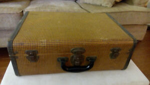 "1940's - 1950's ""CHRISTIE'S BAGGAGE"" SUITCASE"