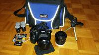 CAMÉRA MINOLTA 500si 35 mm avec 2 lentilles et accessoires