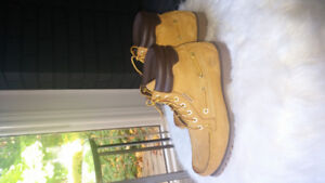 Size 8 Men's Timberland Boots