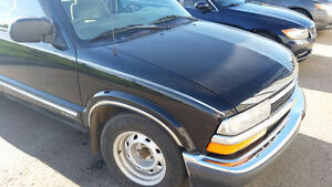 REDUCED 1999 Chevrolet S-10 LS Pickup Truck