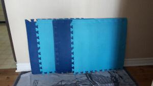 2 sets of foam mats