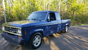 FORD WITH 350 MOTOR! 350 TURBO TRANNY! TRADES ACCEPTED! STEREO!!