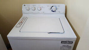 Top loading GE washer in like new condition