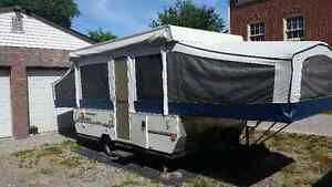2005 Jayco pop up trailer excellent condition and 2001 Dodge ram