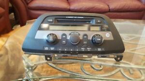 05-10 Honda Odyssey Radio