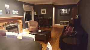 Room for Rent on Main Floor of Duplex London Ontario image 2