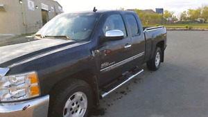 REDUCED!! 2013 Chevy Silverado 4x4 Thunder Edition