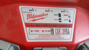 M28 MULTI-BAY CHARGER