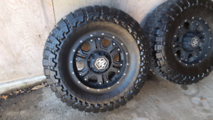 35x12.5xR17 tires and rims
