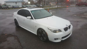 BMW 5-SERIES 550I M-PACKAGE *** STUNNING  *** 100% APPROVED
