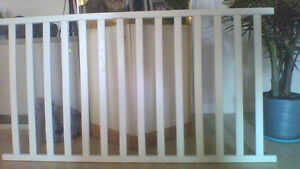Storkcraft White 3 IN 1 Crib
