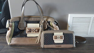 2 Guess bags & matching wallets