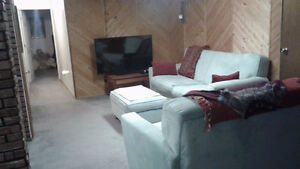 Spacious,1bedroom basement suite available March 1/17.Private pr