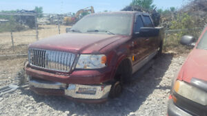2006 LINCOLN P/UP. JUST IN FOR PARTS AT PIC N SAVE! WELLAND