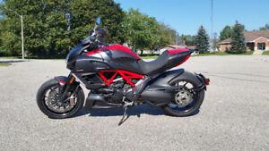 2012 Ducati Diavel Carbon $13000 OBO