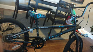 Cool BMX bike for sale makes a great Christmas present!