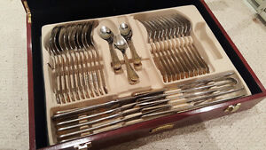 SELLING ::: Pegasus Cutlery Set in Dark Wood Case