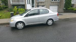 Toyota Echo 2003 avec  juste 167000 km au compteur! 1200 $
