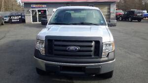 2010 Ford F-150 XL Pickup Truck 4X4