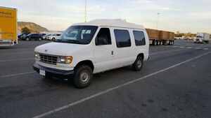 Handicap Van with lift 1995 Ford E-Series Van E-150