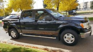 2013 Ford F-150 SuperCrew Private sale no GST