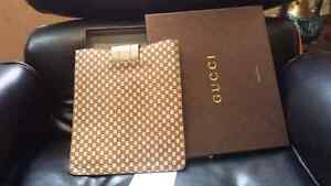 Gucci ipad case %100 authantic West Island Greater Montréal image 3
