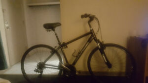 Cannondale adventure c4 bicycle