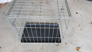 Dog crate with base tray