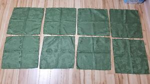 1 nappe et 8 serviettes de table vertes avec motifs floraux