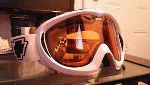 Casque de snowboard Protec et lunette SPY Québec City Québec image 2