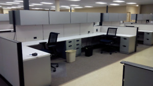 Cubicles Fully loaded 2 pedestal+2overhead bin Steelcase Answer
