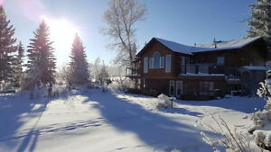 Dream Acreage Just out of Red Deer