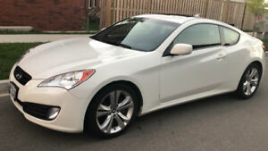 Genesis Coupe 2.0T 2011 white