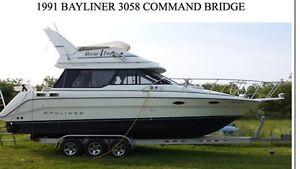 Bayliner 3058  Dual helm Flybridge