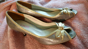 Silver with Gold Trim High Heel Peep Toe Shoes Size 9