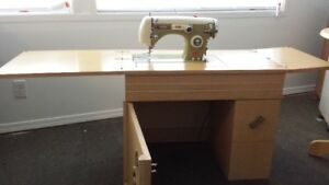 Imperial Deluxe Vintage Sewing machine