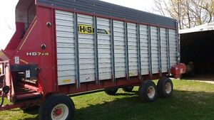 H&S FORAGE WAGONS 21ft  SET OF 3