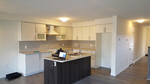 ONE YR NEW CORNER TOWN HOUSE IN STONEY CREEK