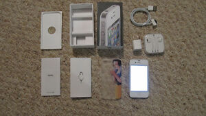 iPhone 4 white, all brand new accessories included!