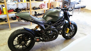 2013 Ducati Monster 1100 diesel edition